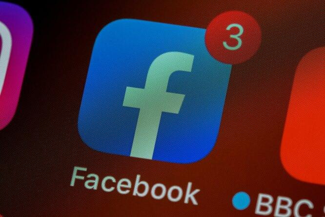 Facebook перестал удалять посты со словами обискусственном происхождении коронавируса