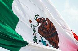 Мексиканские мужчины-политики назвались трансгендерными женщинами, чтобы войти всписок кандидатов