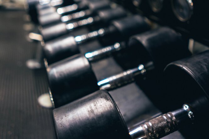 Конор Макгрегор обвинил Камару Усмана вприменении стероидов