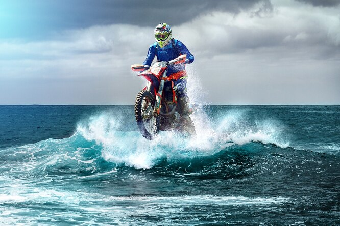 Можно ли пересечь озеро накроссовом мотоцикле ине пойти ко дну?