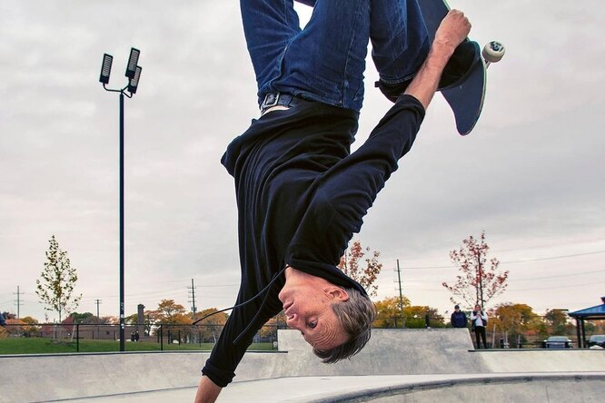 В США выпустили скейтборды скровью Тони Хоука