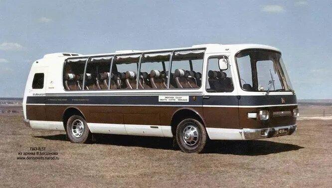 1970 год, ПАЗ-Турист-8,5Т. Доработанная версия предыдущего автобуса.