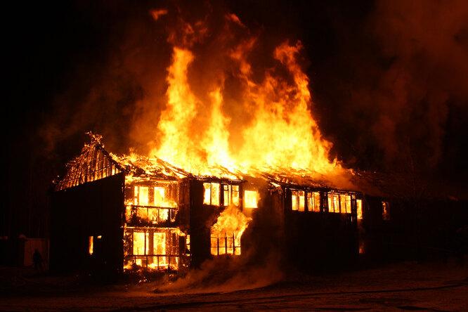 Обыкновенные герои: как Андрей Салиев вывел восемь человек изпожара