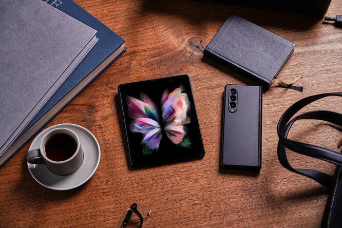 Samsung устанавливает новый стандарт мобильного опыта спремиальными складными смартфонами