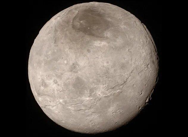<br />Харон. Когда зонд &laquo;Новые горизонты&raquo; достиг Плутона, кроме всего прочего он отослал на Землю потрясающие снимки его крупнейшей луны &ndash; Харона. Они вызвали ажиотаж и бурные споры о том, есть ли на Хароне геологическая активность. Трещины на его поверхности могут подтвердить эту теорию, но более подробное изучение возможно только при наличии полноценной колонии.<br />&nbsp;