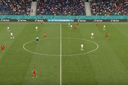 Сборная России скрупным счетом проиграла стартовый матч чемпионата Европы