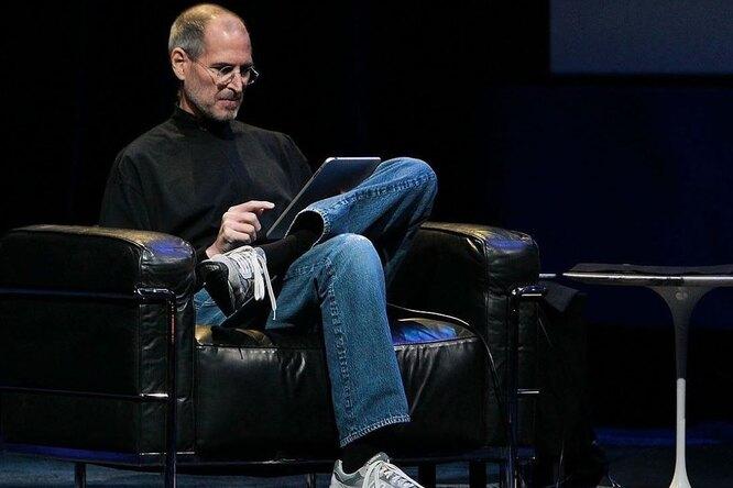 Личные вещи Стива Джобса продадут нааукционе