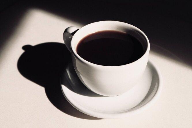 Бодрый — незначит работоспособный: ученые уточнили эффект кофеина после бессонной ночи